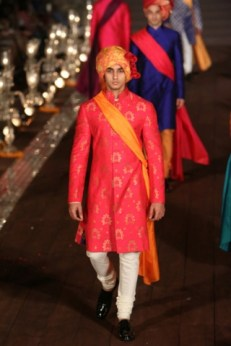 WIFWSS'15D5S5RohitBalRunway191_1