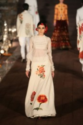 WIFWSS'15D5S5RohitBalRunway244_0