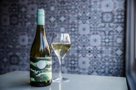 PREECE+Chardonnay+bottle+and+glass_AB5I9727
