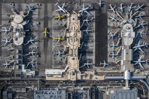 mike-kelley-airport-photography-5