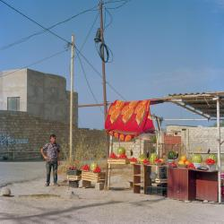 fruit-vendor-baku-azerbaijan.ngsversion.1523309402967.adapt.1190.1