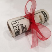 12 Days of Christmas Tips – Day 12: Holiday Tipping