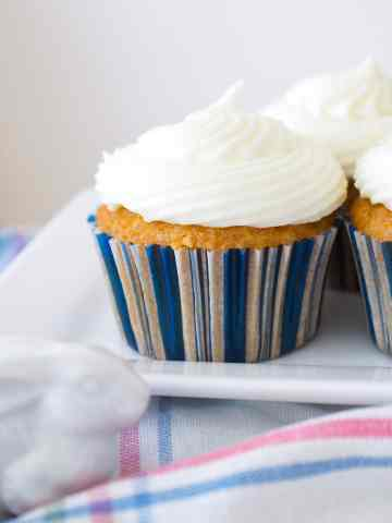 Quick and Easy Carrot Cake Cupcake recipe! The perfect Easter dessert idea.
