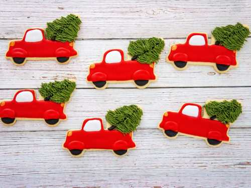 How to Make Christmas Trucks Decorated cookies with royal icing