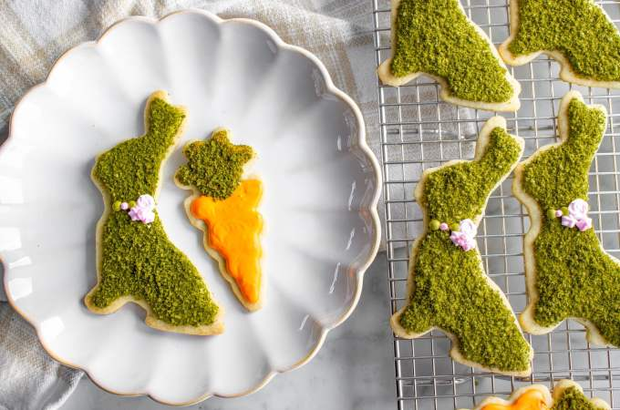 This is an easy, elegant, decorated cookie idea for Easter. Great for kids! I'm sharing my best sugar cookie and royal icing recipes too!