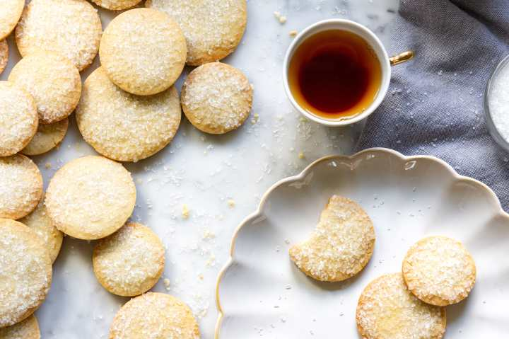 French Butter Cookies with tea