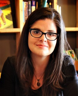Ashlee Cowles Headshot 2