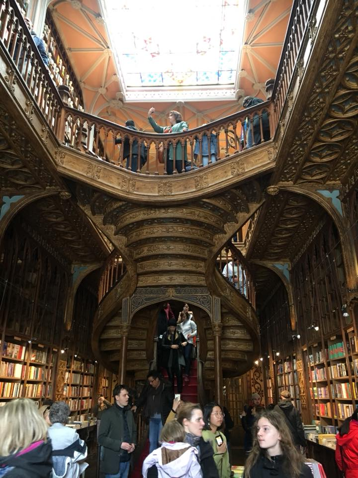 Porto travel log: Harry Potter in the Livraria Lello bookstore 1