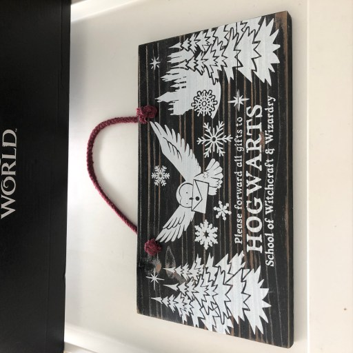 Wizarding World Lootcrate - Hogwarts for the Holidays 7