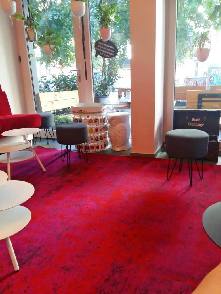 staying circus hostel center berlin