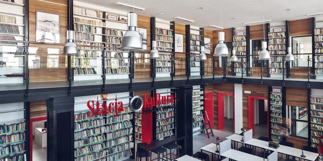 Najpiękniejsza biblioteka świata w Polsce w Rumi