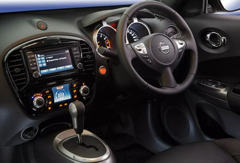 2014 Nissan Juke Interior HD Wallpaper