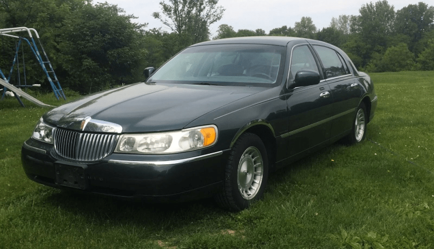 1999 Lincoln Town Car Concept and Owners Manual