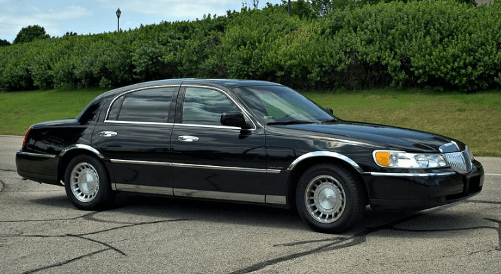 2001 Lincoln Town Car Concept and Owners Manual
