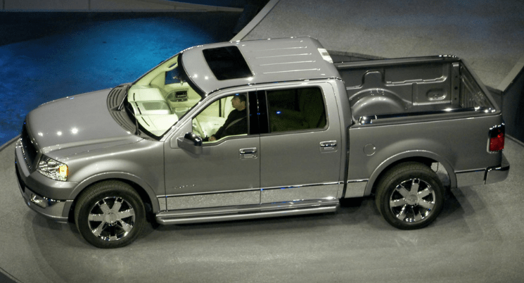 2006 Lincoln Mark LT Concept and Owners Manual