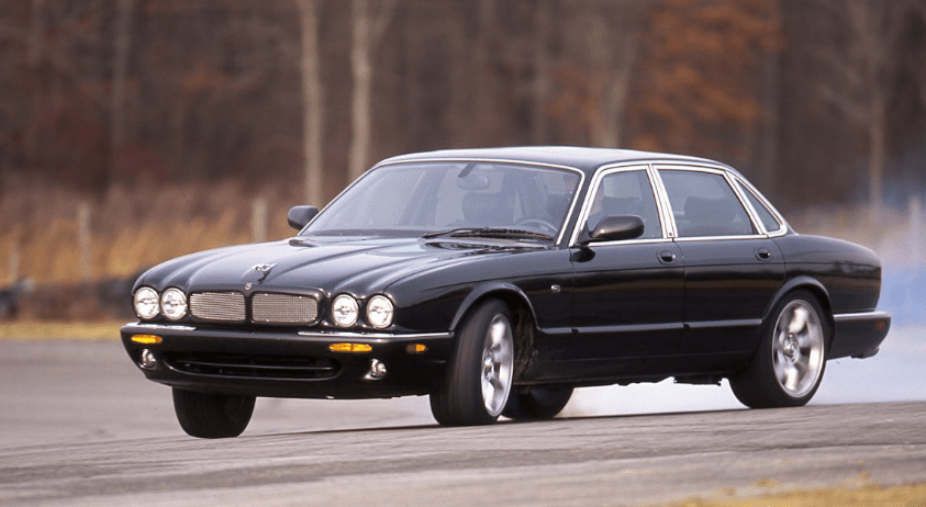 2000 Jaguar XJR Concept and Owners Manual