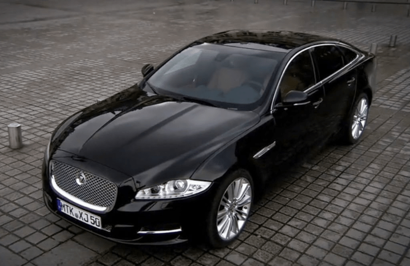 2010 Jaguar XJ Concept and Owners Manual