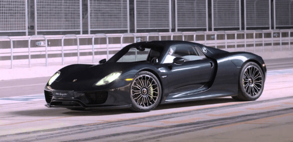 2014 Porsche 918 Owners Manual and Concept