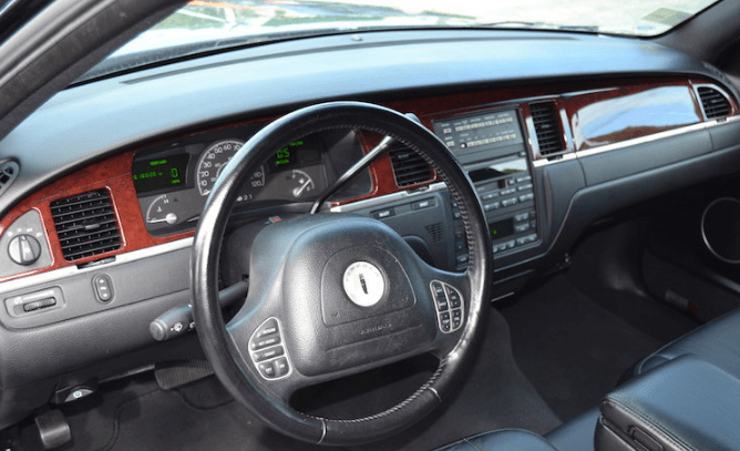 2005 Lincoln Town Car Interior and Redesign