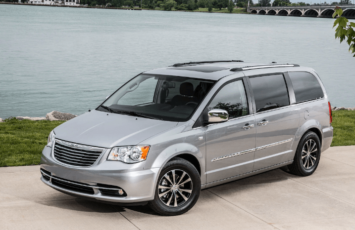 2014 Chrysler Town & Country Concept and Owners Manual
