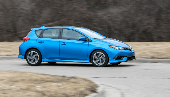 2017 Toyota Corolla iM Owners Manual and Concept