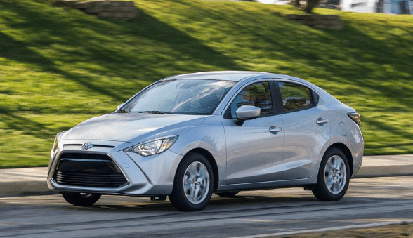 2017 Toyota Yaris Owners Manual and Concept