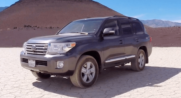 2015 Toyota Land Cruiser Owners Manual and Concept