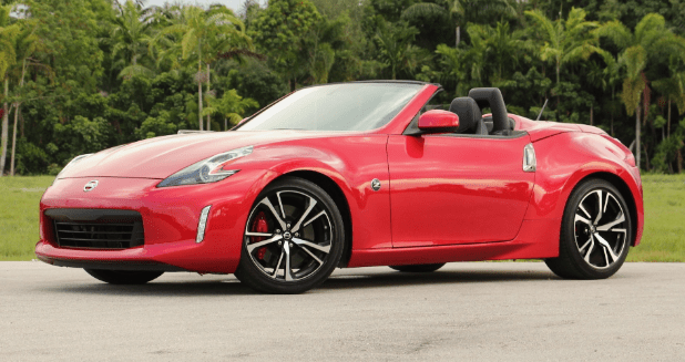2018 Nissan 370Z Roadster Owners Manual