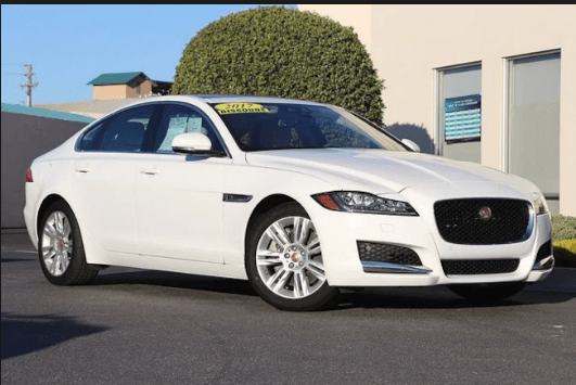 2017 Jaguar XF Owners Manual