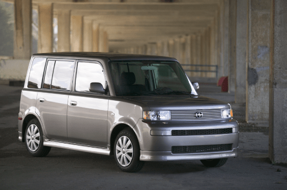 2005 Scion xB Owners Manual and Concept