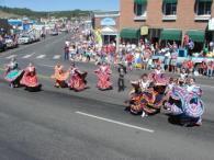 pagosa springs parade dancing