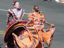 pagosa springs parade twirling dancers