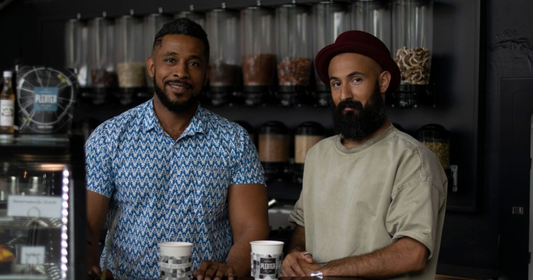 From Engineers to Entrepreneurs: How Starting a Business Opened Doors for Tea Bar Owners Tariq and Mohammed