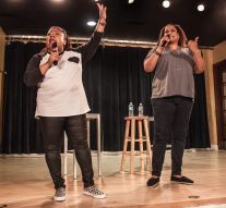 Comedy duo draws laughs from OWU students