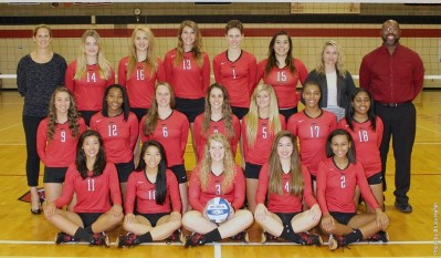 The 2015-2016 volleyball team. Photo courtesy of battlingbishops.com.