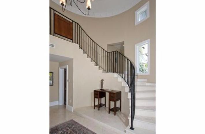 470 Costanera stairs