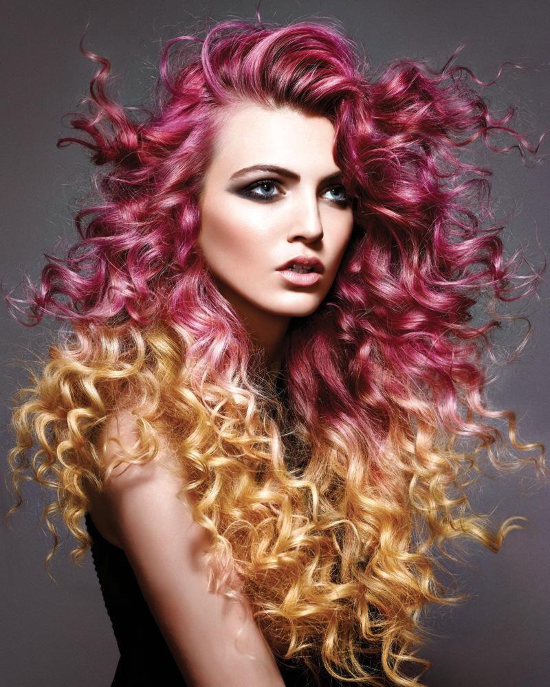 факту креативное окрашивание длинных кудрявых волос фото этом видео