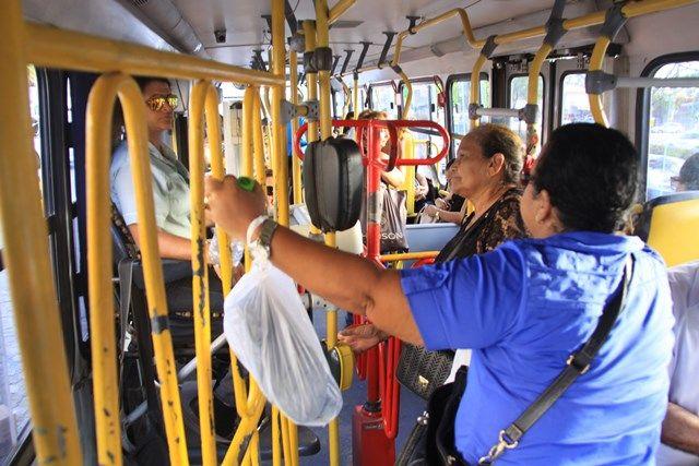 Catraca nos ônibus é barreira à cidadania |