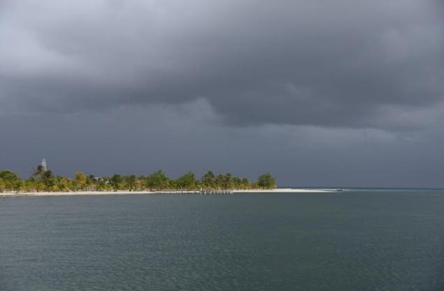 11 ça va tomber sur Marisol Cay au sud de Glover's Reef