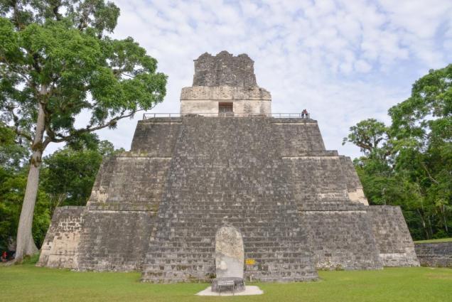 35 Tikal