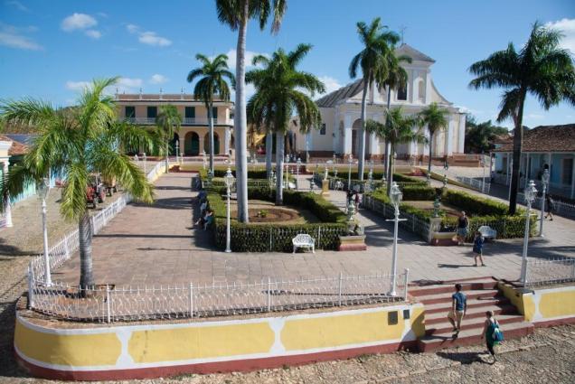 31-place-principale-de-trinidad