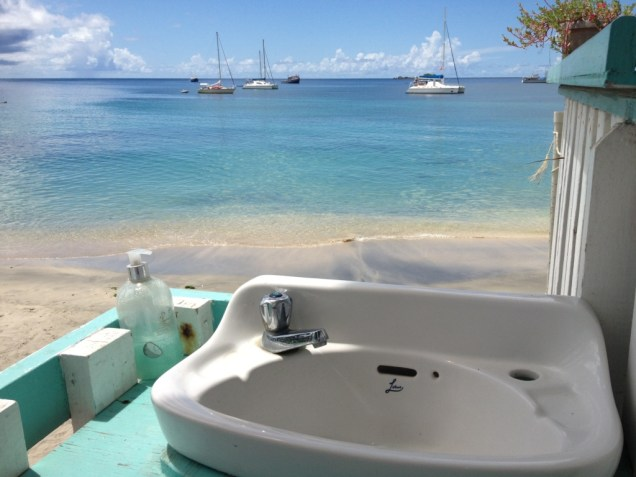 10-carriacou-le-plus-beau-lavabo-au-monde