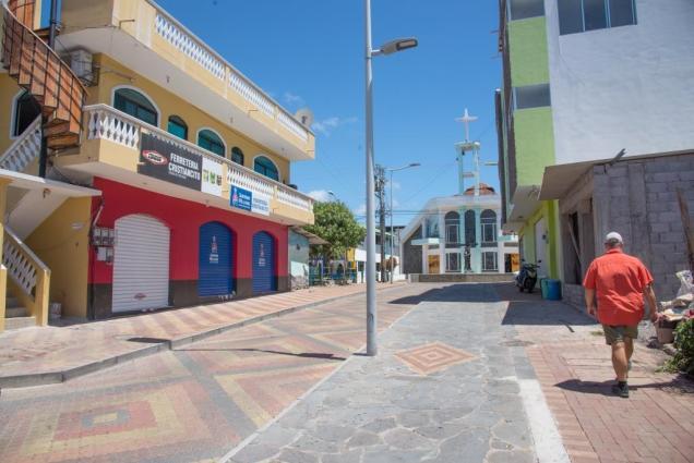 12 Centre ville de Puerto Baquerizo Moreno