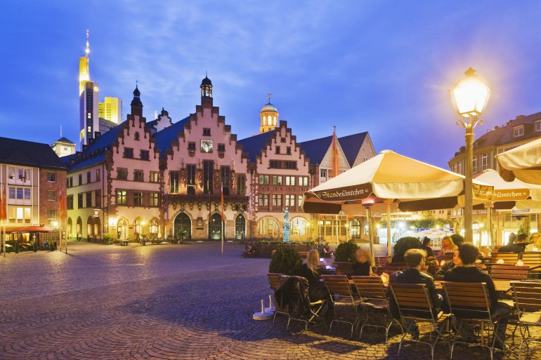 The Top 12 Attractions In Frankfurt, Germany inside Frankfurt Germany Time Zone Map