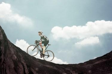 自転車のロードレーサーの年収は意外と低い?その実態を解説!