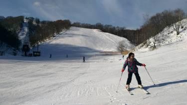 スキー初心者のお子様への教え方!楽しく滑る基本レッスン