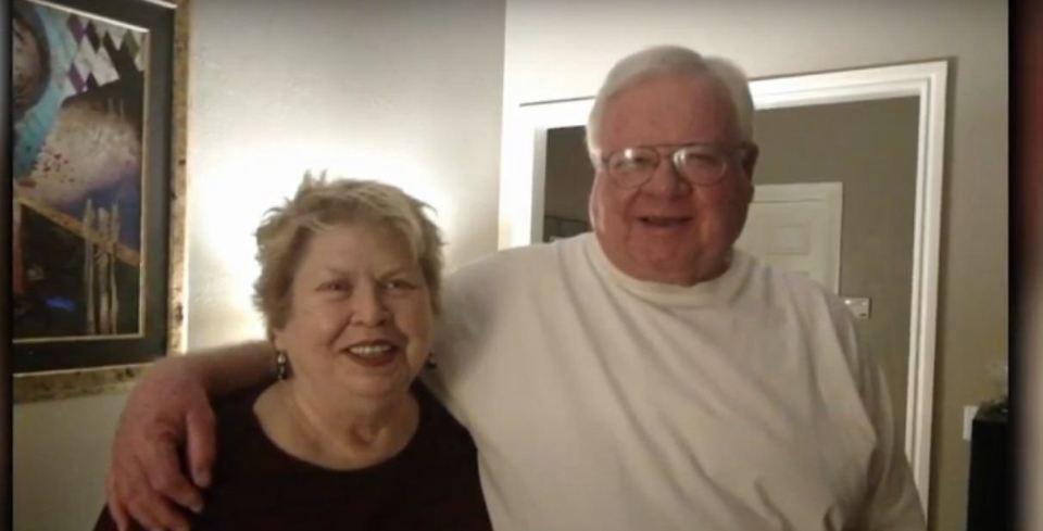 Hombre de 75 años despierta del coma y descubre que su esposa murió por coronavirus