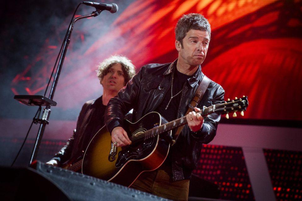 """Nos están quitando libertades"": Noel Gallagher se niega a usar una mascarilla para salir a la calle"