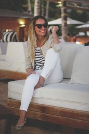 white jeans and stripes