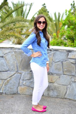 white-jeans-and-flats-look
